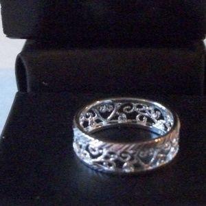 NIB Shimmering Sterling Silver Filigree Ring 5